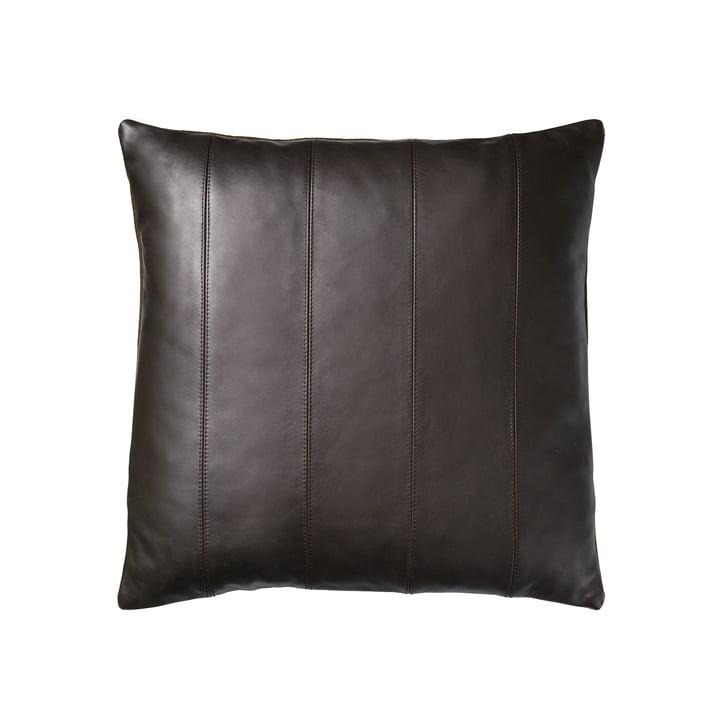 R9 Leto Coussin en cuir Leto 45 x 45 cm de FDB Møbler en brun
