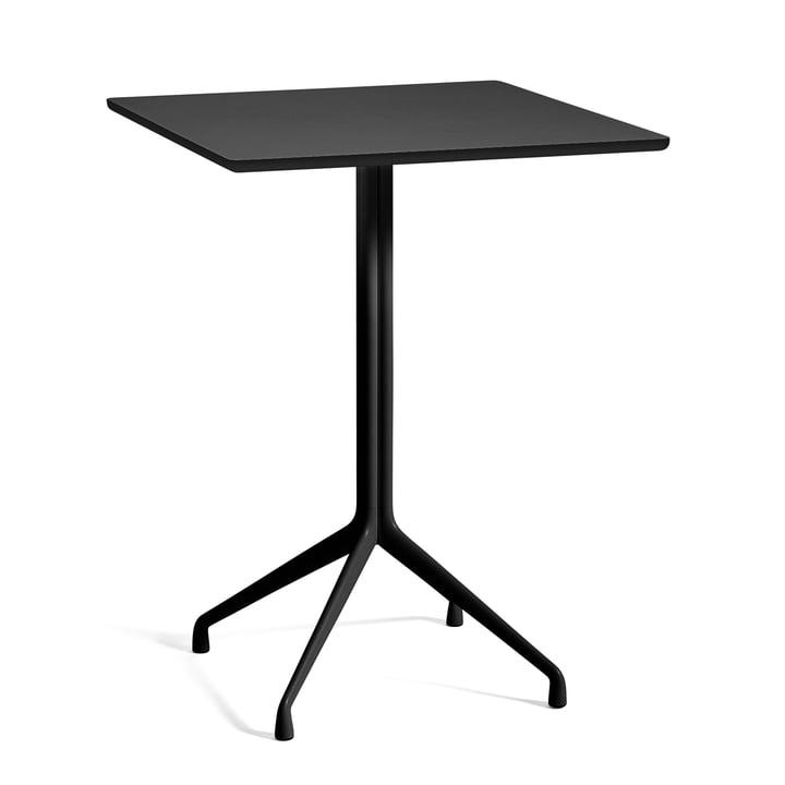 A propos d'une table AAT 15 table de bar 80 x 80 cm H105 cm de Hay en noir