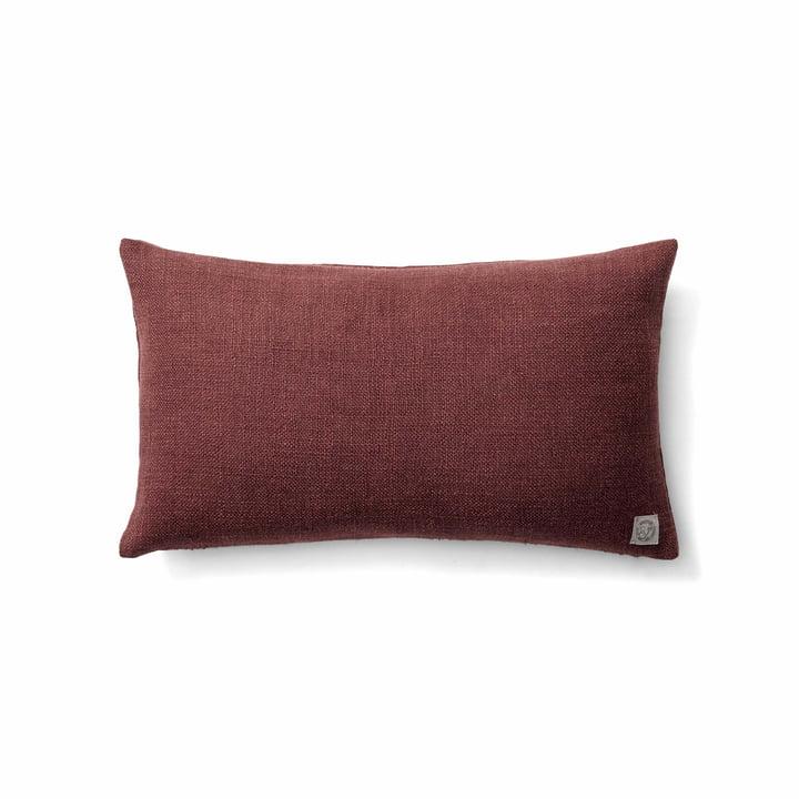 Le coussin Collect SC27 heavy linen de & tradition dans burgundy