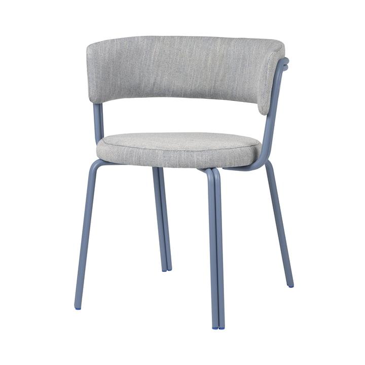 Le fauteuil Oda de Broste Copenhagen en bleu