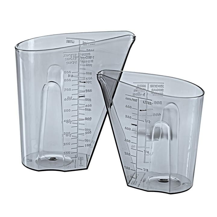 Le set de pichets doseurs DOSIS de Koziol , 0,5 l & 1 l, gris transparent (set de 2)