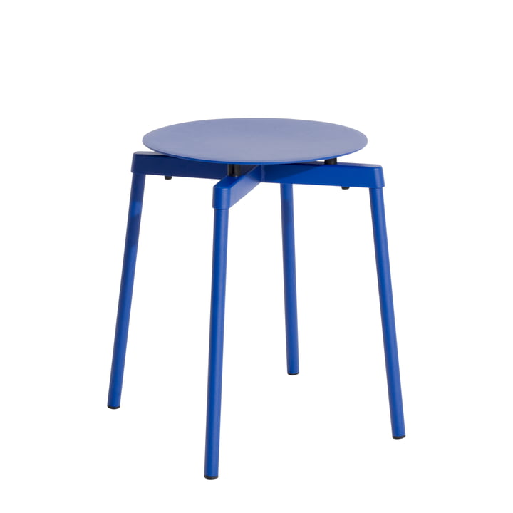 Fromme Tabouret Outdoor par Petite Friture en couleur bleu