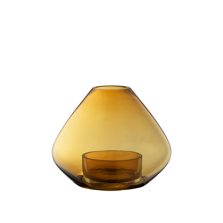 La lampe et le vase Uno Wind de AYTM , Ø 14,5 x H 11,5 cm, ambre