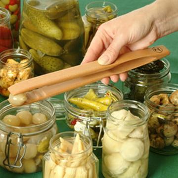 Pince de cuisine Gretchen - Image en utilisation