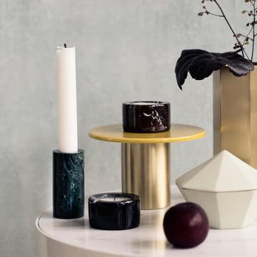Bougeoirs en marbre pour décorer une table d'appoint