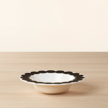 Assiette creuse Oiva Räsymotto aux motifs noirs et blancs