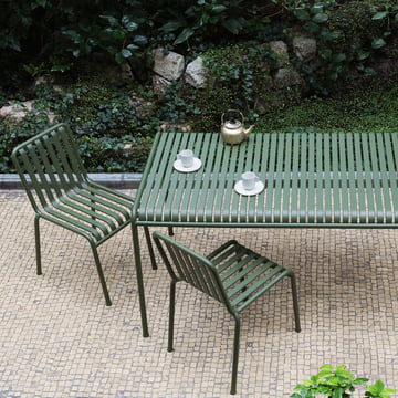 Palissade Table and Chairs by Hay