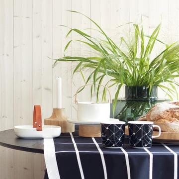 Bougeoir Stämpel, mug Basket et assiette de service Oiva Kanta / plat à gâteau par Marimekko
