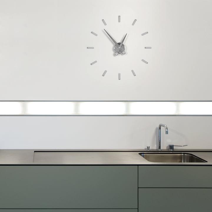 Horloge murale Puntos suspensivos de nomon avec 12index horaires en chrome et acier