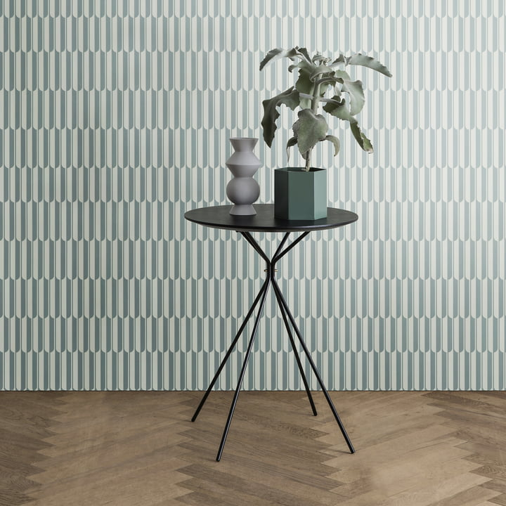 Vase Hexagon et table d'appoint Herman