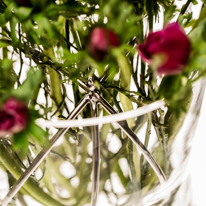 Le vase Sphere Medium de Born in Sweden en acier inoxydable