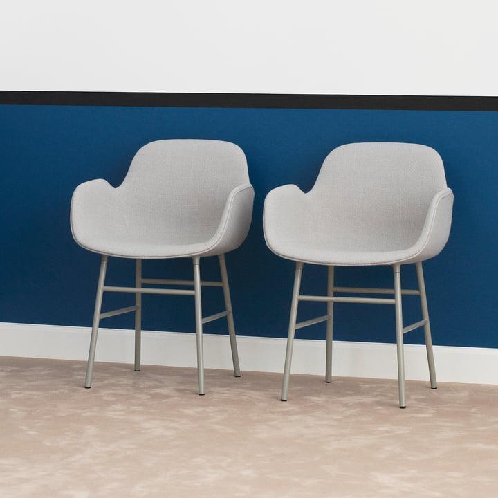 Form Armchair Steel Legs (capitonnée) par Normann Copenhagen en gris