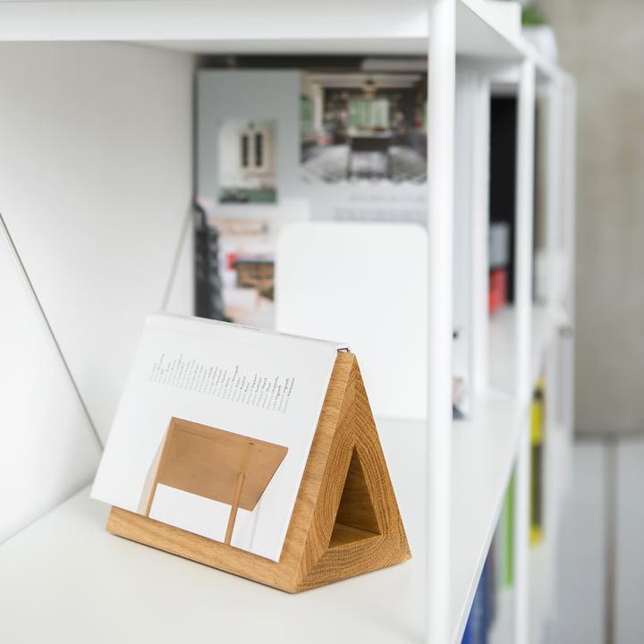 Triangle en bois pour livres
