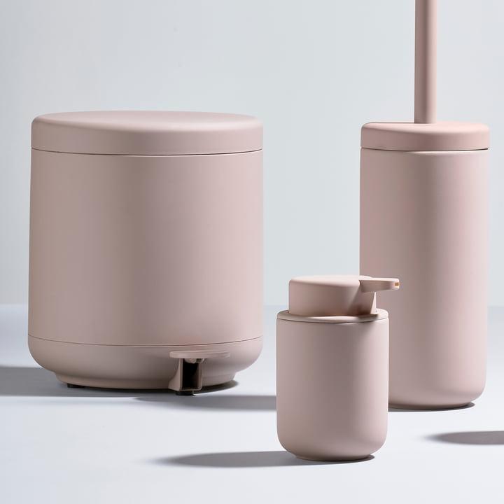 Zone Denmark - Série Ume avec la poubelle à pédale, le distributeur de savon et la brosse WC
